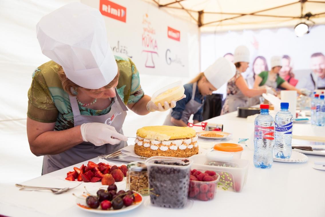 Latvijas gardākā kūka